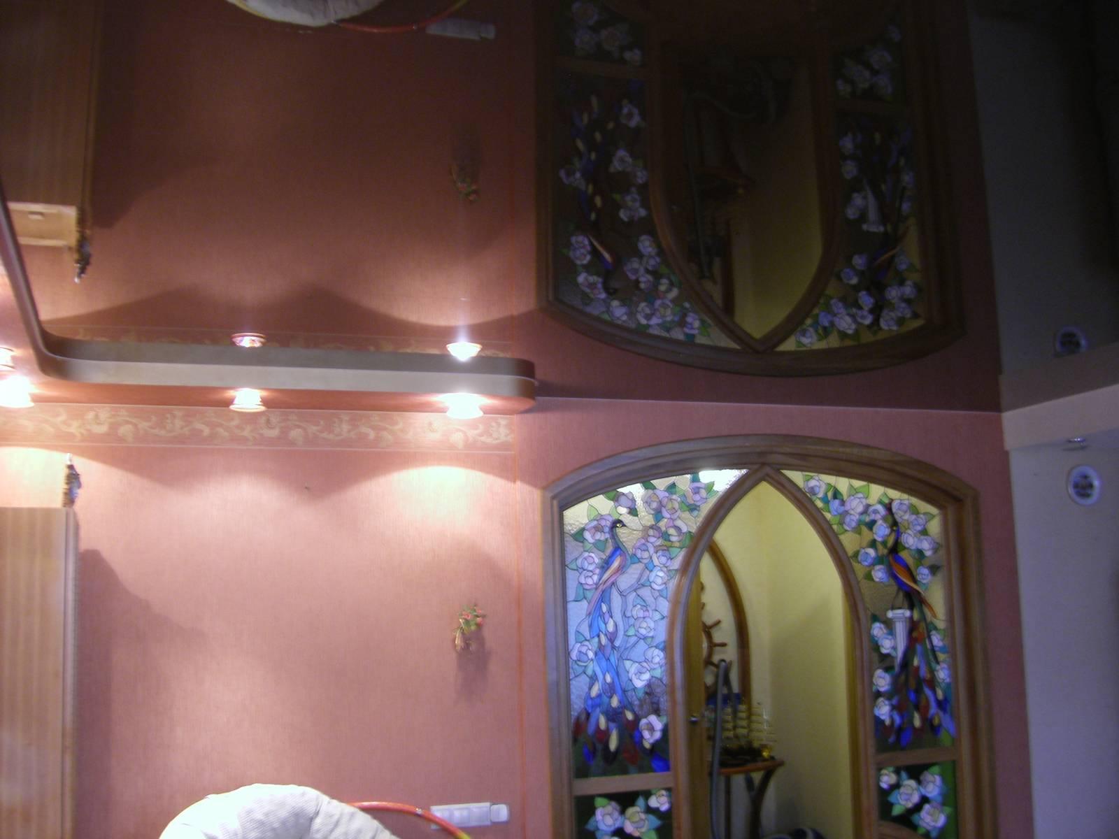 натяжные потолки фото в холле построение